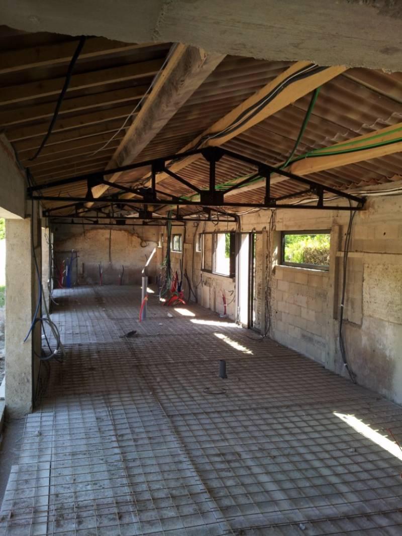 Réalisation de linstallation electrique et de la climatisation maison sur aix en provence chantier en cours